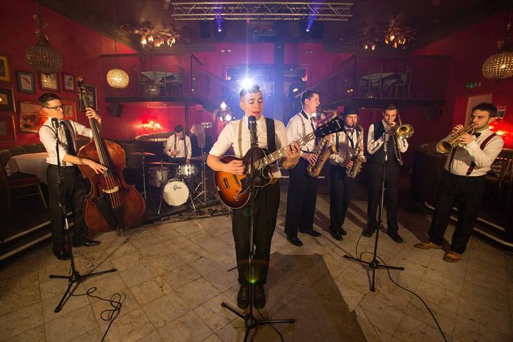 Jazz, Vintage & Rock 'n' Roll - Flash Mob Jazz - Swing & Jive Band