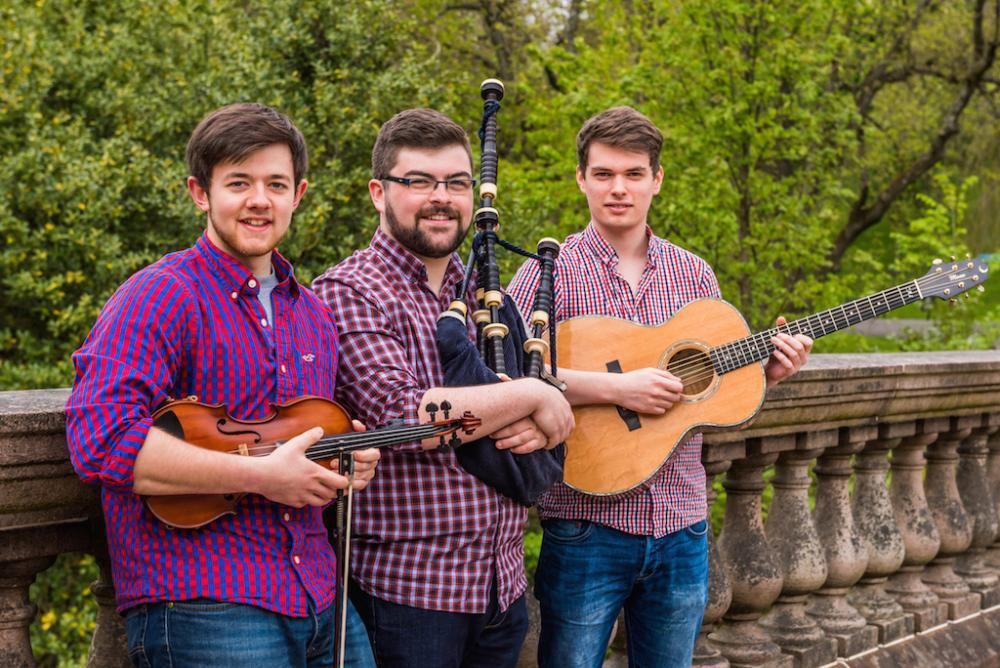Book Circassian Ceilidh Band Ceilidh Covers Band Now On Fixthemusic